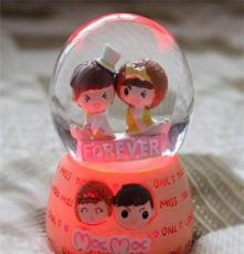 批發可愛摩絲娃娃65號帶燈家居擺設玻璃水球個性禮品