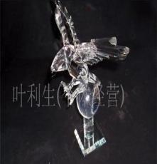 廠家供應精美水晶老鷹等各種水晶工藝品。