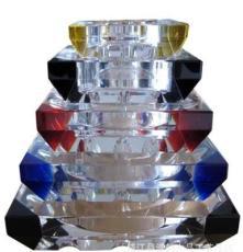 精品系列水晶拼角煙灰缸是高貴奢華、是自用、送禮、珍藏佳選。