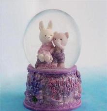 批發可愛小熊小兔帶燈65#家居擺設玻璃水球個性禮品