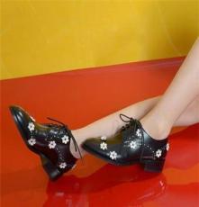 2013新款时尚真皮女单鞋平底皮鞋绑带百搭女鞋尖头浅口鞋平跟女鞋