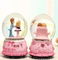 廠家直銷水晶球 內旋旋轉音樂水晶球 80#鉆石情侶音樂盒水晶球