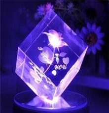 廠家優惠批發水晶60mm方體,情人節,母親節,父親節 圣誕節禮物