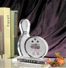 深圳保齡球俱樂部水晶獎杯制作,保齡球協會水晶獎品定做