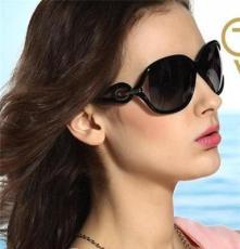 8982欧美潮流时尚防紫外线女士太阳镜 蛤蟆镜 墨镜