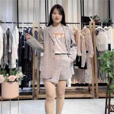 呗禾2020年宽松显瘦新款春装系列品牌折扣
