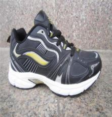 男运动鞋童跑鞋 超轻、软、防震底革面加网布 2013儿童安全