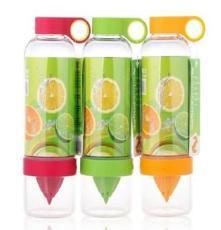 厂家直销柠檬杯韩国活力瓶手动榨汁神器双层榨汁饮水杯(送杯刷)