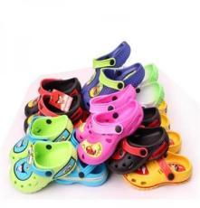 库存花园鞋舒适夏季卡通儿童凉拖鞋 洞洞沙滩鞋