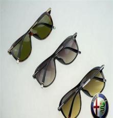 潮人眼镜厂家直销品牌太阳镜 运动太阳镜 时尚太阳镜批发