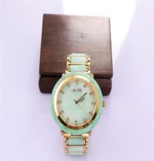 厂家供应翡翠玉石手表,装饰心灵、艾翠珠宝装饰外表