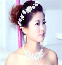 新款新娘饰品三件套批发韩版项链婚纱礼服百搭特色水晶头饰套配饰