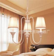 利业 供应欧式吊灯现代田园吊灯家居吊灯布罩吊灯卧室18048-3