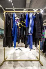 卡尼欧卫衣女装批发 女装尾货市场 高端女装