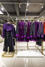 卡尼歐衛衣女裝批發 品牌折扣女裝庫存 新品