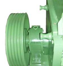 PET瓶片专用强力粉碎机、軸承座與機体分離,可直接加水粉碎