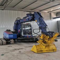 鹏神供应铁路专用挖掘机加装轨道轮自行走履