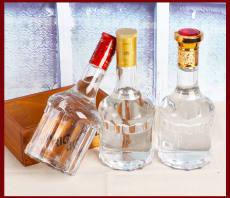 晶白料五粮液玻璃瓶500ml