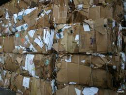无锡大量回收旧纸箱纸板废纸回收灯箱回收