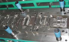 模具CNC加工的特点和优势