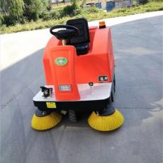 户外驾驶式清扫车 物业小区电动清扫车