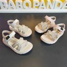 福建泉州巴布豆一线品牌童鞋批发大童凉鞋