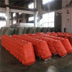 火電廠進水口高分子移動式攔污排施工安裝