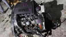 奔驰GL350拉杆拆车区别