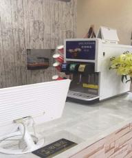 台式冰淇淋机多少钱全新商用冰淇淋机器