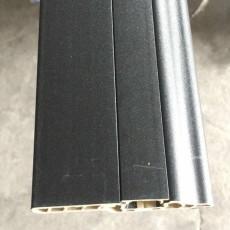 黑白色8分隱釘地角線防水木紋PVC塑料踢腳板