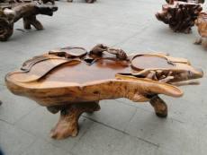 上海嘉定区红木家具翻新 家具摆放得当的小