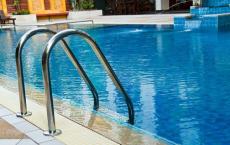 泳池設計及承建 魚池景觀池安裝 泳池吸污機