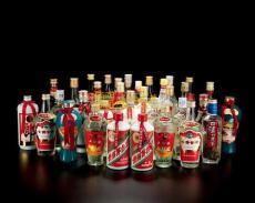 徐州回收茅台酒回收卡穆杜甫茅台酒瓶多少钱
