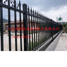 供应昆明卖阳台铁艺护栏 加工别墅铁艺护栏