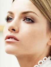 面部干細胞抗皺再生療法  干細胞面部美容
