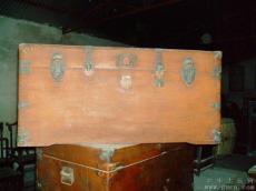 上海红木家具改造欢迎新老合作 承接樟木箱