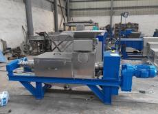 螺旋输送压榨机 水葫芦压榨脱水机生产基地