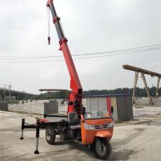 農用三輪隨車起重機5噸小型三輪隨車吊