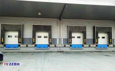 杭州碼頭PVC機械式門封門罩