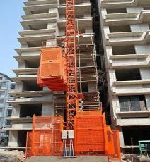 香洲地区施工电梯租赁多少钱