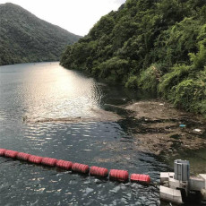 福清核电厂取水明渠拦污装置浮筒式拦污网
