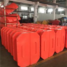 泵站自浮式攔漂裝置布設結構