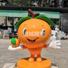 東莞玻璃鋼橙子卡通公仔娃娃雕塑商場美陳裝
