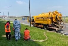 太原西礦街上門清理化糞池抽糞疏通管道電話